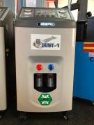 Automatic installation for filling automobile air