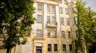 IDEAL 4 bedroom apartment of 180m2 in the CENTER, Shevchenko Park